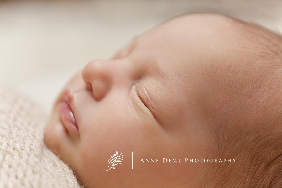 babyfotografie-in-muenchen-babyfotograf-liebevolle_und-natuerliche-babyfotos-anne-deml-greta15