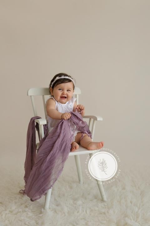 einzigartige_wundervolle_babyerinnerungen_babyfotografin_anne_deml_suesse_babyfotos_fotostudio_muenchen_isabella18