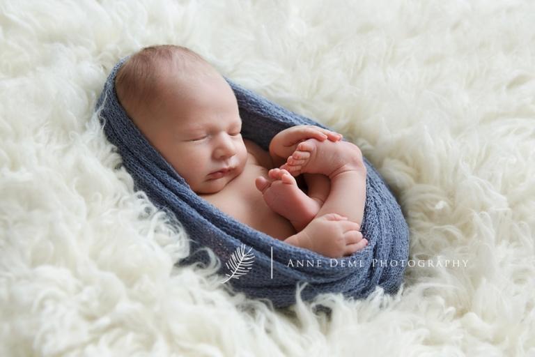 neugeborenenfotografie_babyfotograf_babybilder_babyfotos_anne_deml_muenchen_freising_ingolstadt_gefuehlvolle_neugeborenenfotos_constantin15
