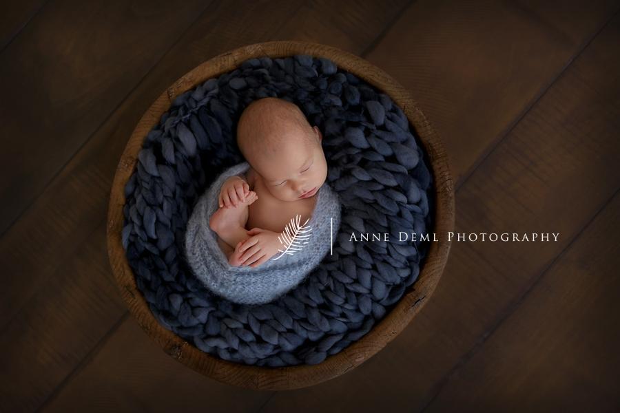 zarte_neugeborenenbilder_babyfotograf_anne_deml_muenchen_einzigartige_erinnerungen_babyfotos_geburt_krankenhaus_fotograf_noah14