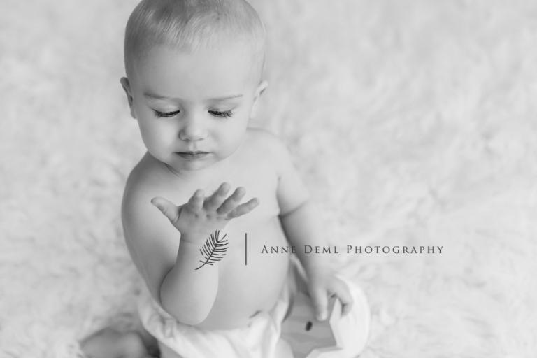 babyshooting_im_fotostudio_besondere_babybilder_babyfotografie_anne_deml_muenchen_ingolstadt_freising_augsburg_ungezwungene_babyfotos_marie_7