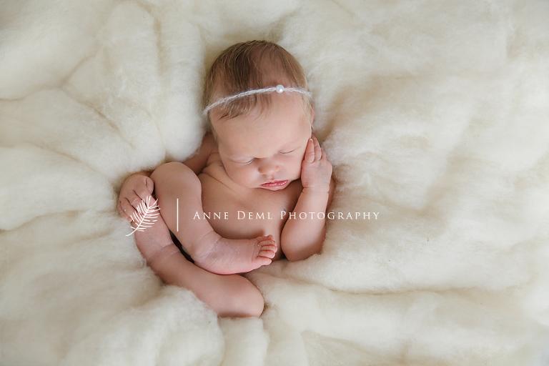 besondere_und_schoene_neugeborenenfotografie_anne_deml_babyfotograf_muenchen_charlotte0