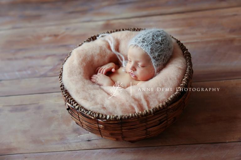 professionelle_babyfotografie_babyfotograf_muenchen_anne_deml_babyfotos_neugeborenenfotos_babyshooting_freising_geburt_elena_9