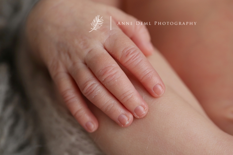 professionelle_babyfotografie_neugeborenenfotos_augsburg_fotostudio_freising_geburt_hebamme_krankenhaus_babyshooting_zoe_6