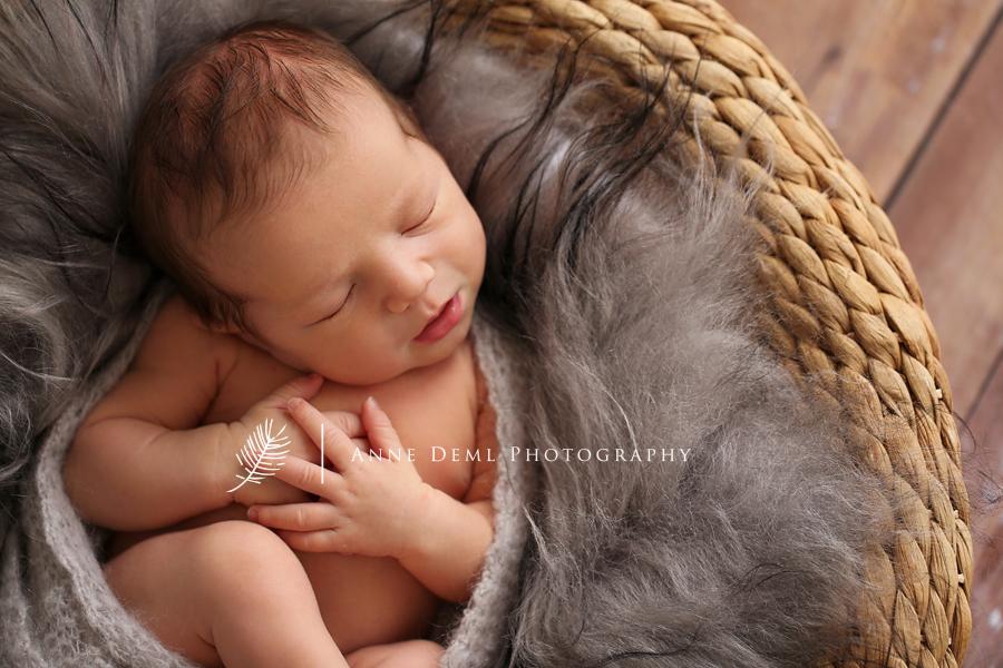 suesse_babybilder_neugeborenenfotos_babyshooting_muenchen_anne_deml_babyfotograf_freising_jacob_8