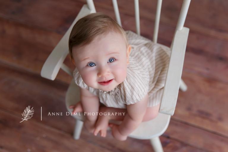babyfotografie_muenchen_anne_deml_babyfotograf_augsburg_babybilder_freising_babyshooting_niedliche_baby_romy_5