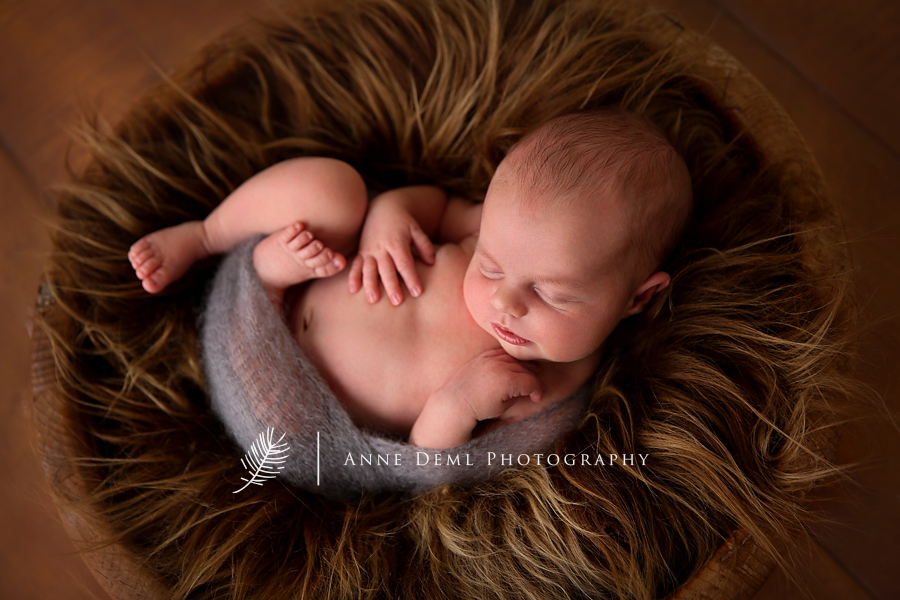 babyfotograf_freising_anne_deml_suesse_babyfotos_babyshooting_fotostudio_baby_geburt_neugeborenenfotos_neugeborenenshooting_erfahrene_babyfotografin_felix_8