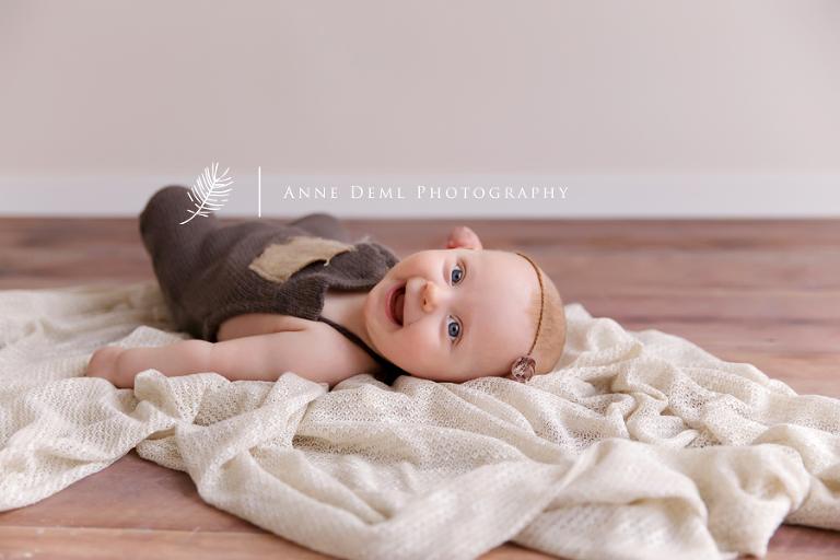 suesse_babybilder_augsburg_freising_babyfotograf_anne_deml_professionelle_babyfotos_fotostudio_babyshooting_zoe_09