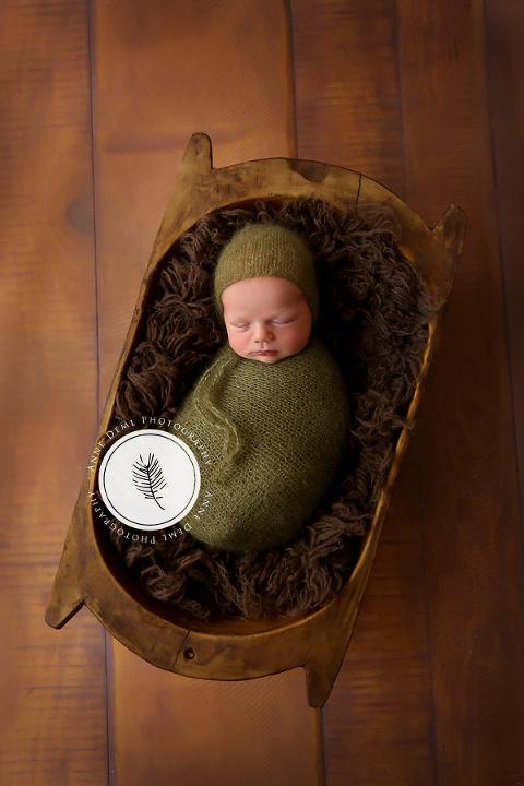 liebevolle_niedilche_neugeborenenbilder_freising_fotostudio_augsburg_babyshooting_augsburg_babyfotografin_freising_baby_eltern_babybilder_muenchen_luca_08