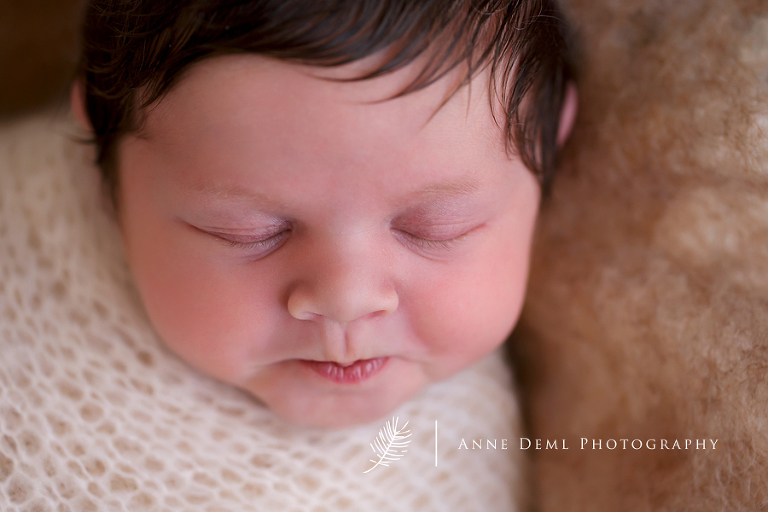 babyfotografin_augsburg_anne_deml_individuelle_babyfotografie_fresing_fotostudio_muenchen_baby_marlene_11